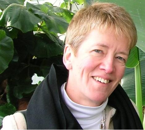 Dr Marion Wood